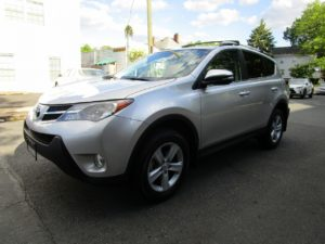 2014 TOYOTA RAV 4 XLE  ALL WHEEL DRIVE!!